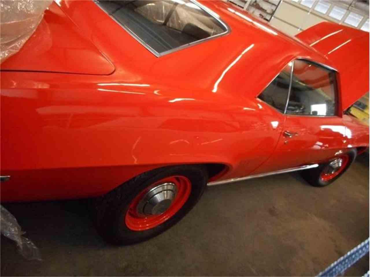 Large Picture of '69 Camaro COPO - FQJ6