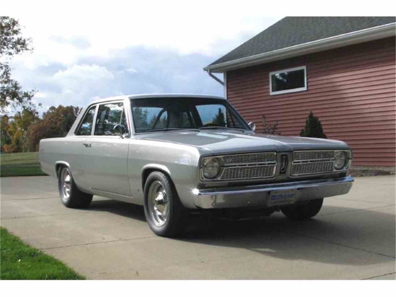 Large Picture of '67 Valiant - FQQX