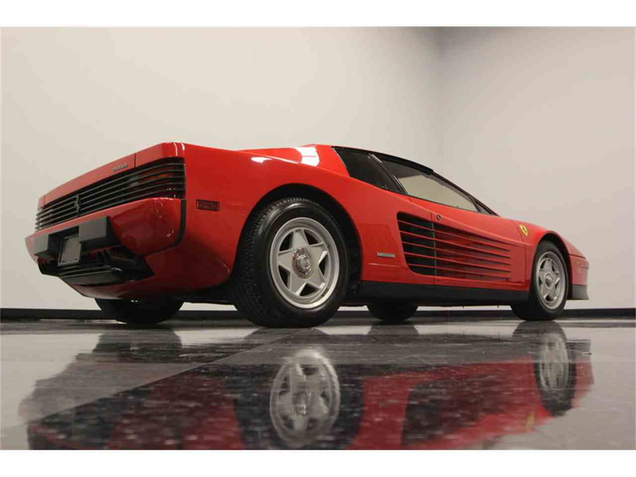 Large Picture of 1986 Ferrari Testarossa Offered by Streetside Classics - Tampa - FNNC