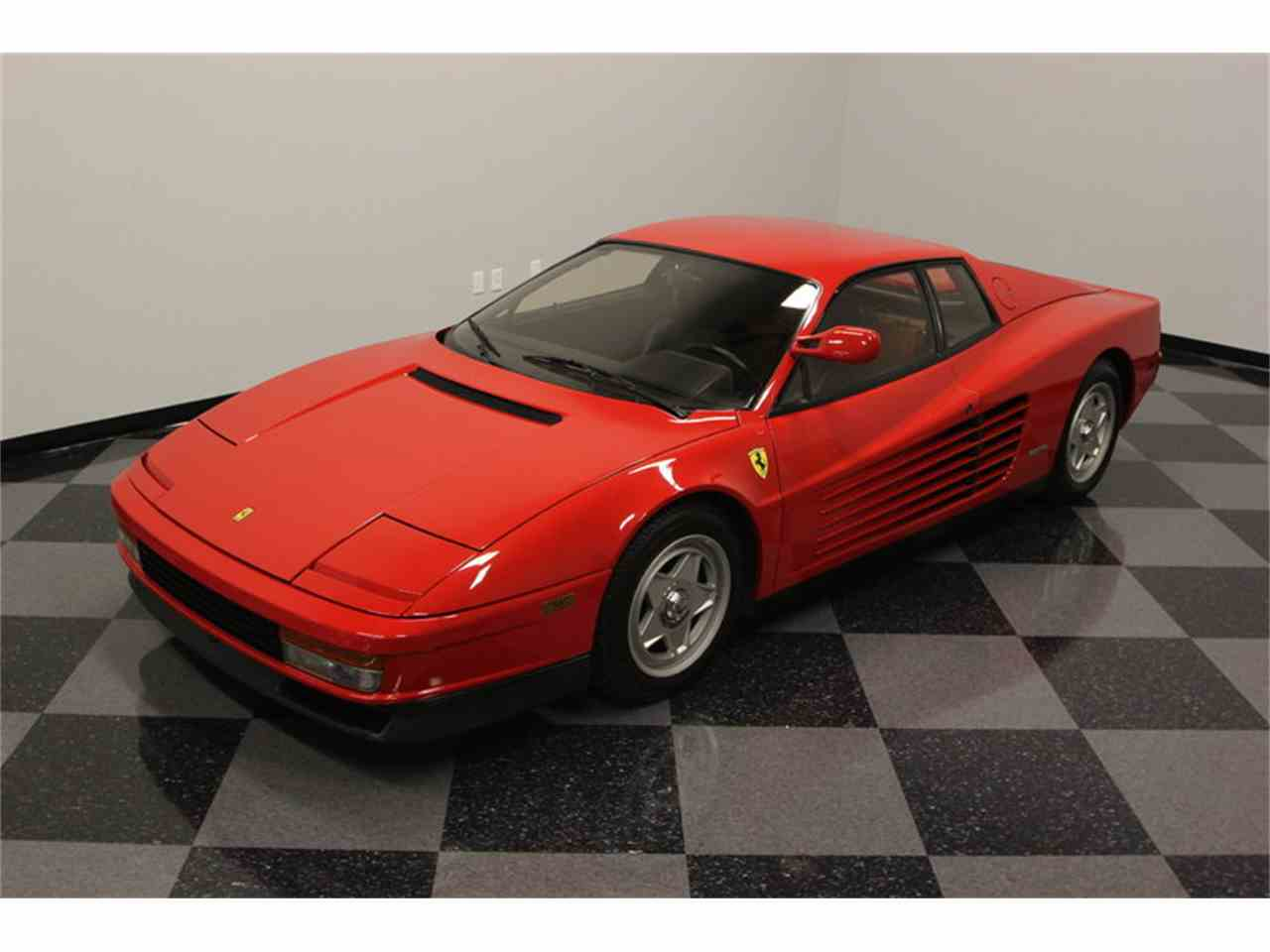 Large Picture of 1986 Ferrari Testarossa located in Florida Offered by Streetside Classics - Tampa - FNNC