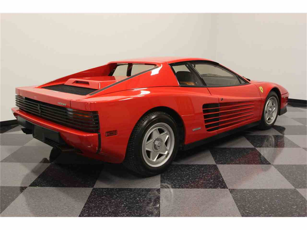 Large Picture of '86 Ferrari Testarossa Offered by Streetside Classics - Tampa - FNNC
