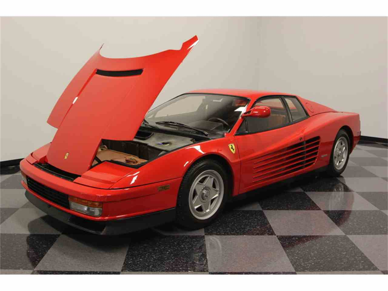 Large Picture of '86 Ferrari Testarossa located in Florida - FNNC