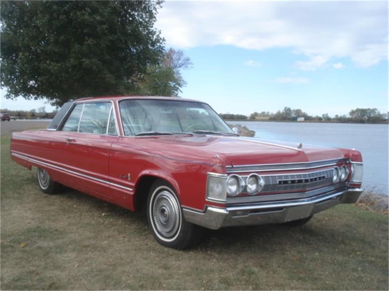 Large Picture of Classic 1967 Chrysler Imperial located in South Dakota - $16,550.00 - FNNW