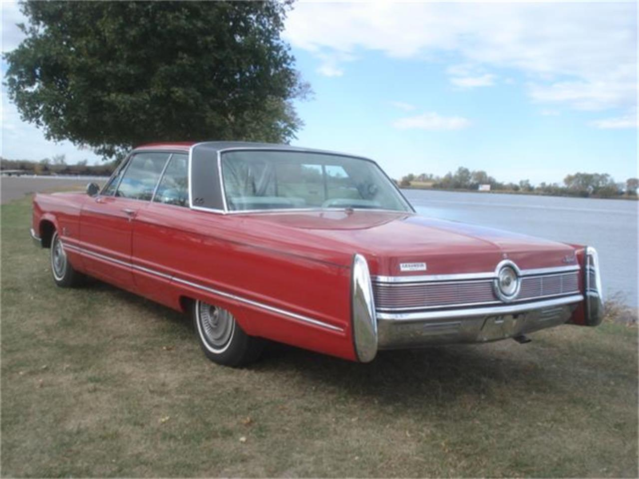 Large Picture of Classic 1967 Chrysler Imperial - $16,550.00 - FNNW