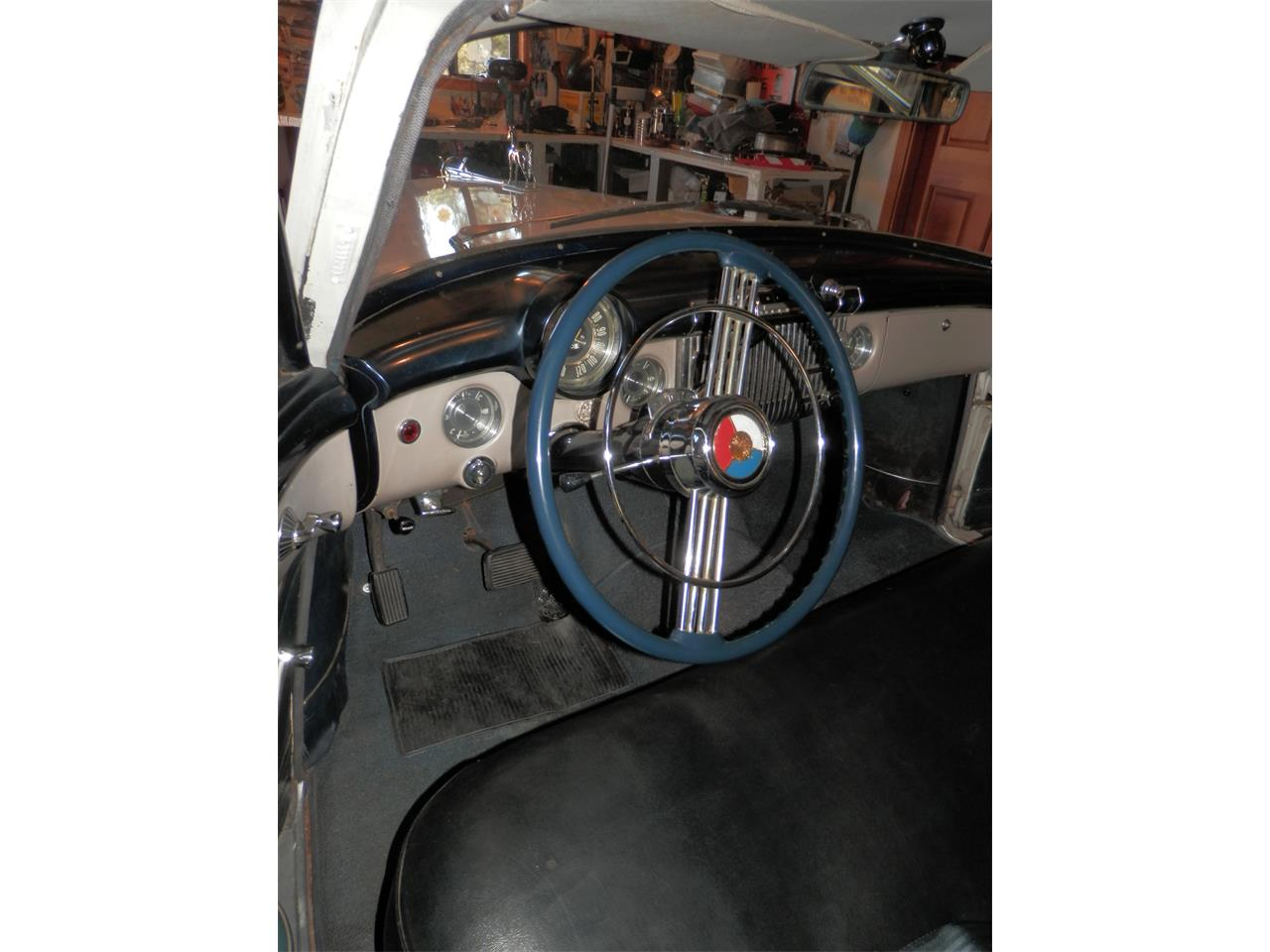 Large Picture of '53 Roadmaster - FRQA