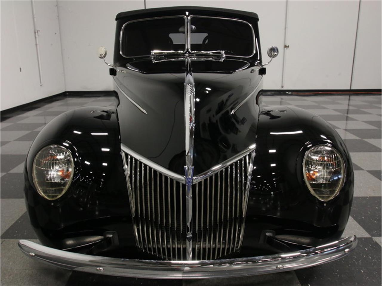 Large Picture of Classic '39 Ford Deluxe - FRR7