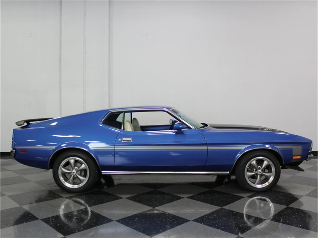 Large Picture of Classic '71 Ford Mustang - FRRQ
