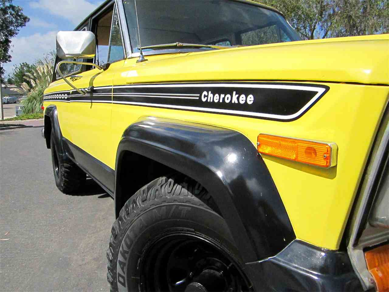 Large Picture of '77 Cherokee Chief - FS45