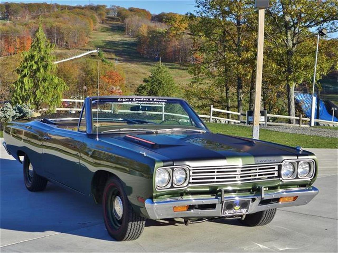 Large Picture of 1969 Road Runner Auction Vehicle Offered by Coffee's Sports and Classics - FT12