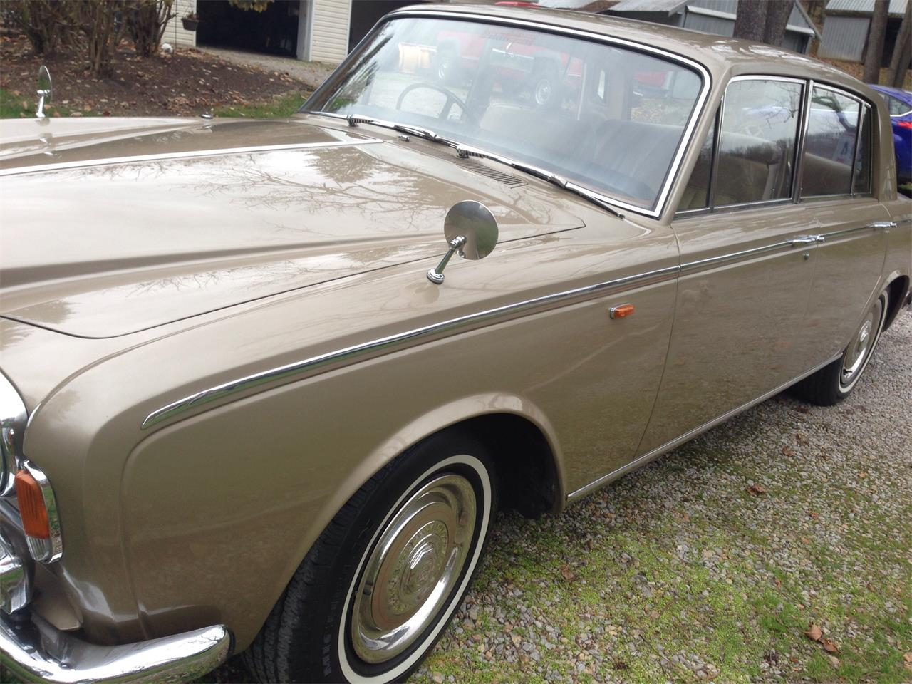 Large Picture of Classic 1967 Rolls-Royce Silver Shadow located in Granville Ohio - $18,500.00 - FU5Q
