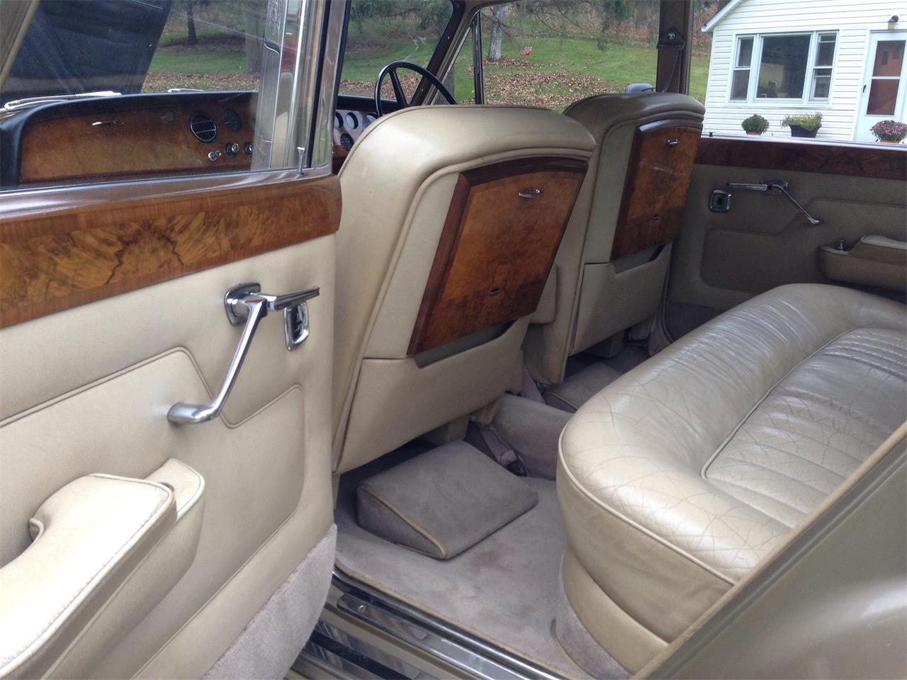 Large Picture of Classic '67 Rolls-Royce Silver Shadow located in Granville Ohio Offered by a Private Seller - FU5Q
