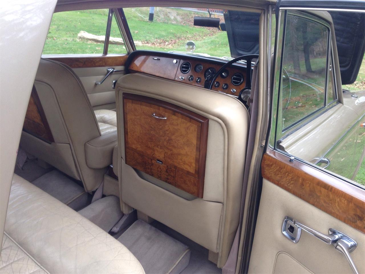 Large Picture of Classic '67 Rolls-Royce Silver Shadow located in Ohio Offered by a Private Seller - FU5Q