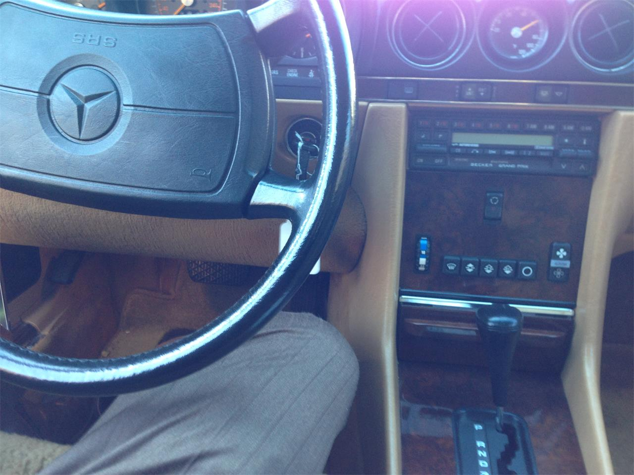 Large Picture of 1988 Mercedes-Benz 560SL located in Orland park Illinois - $35,000.00 - FVWF