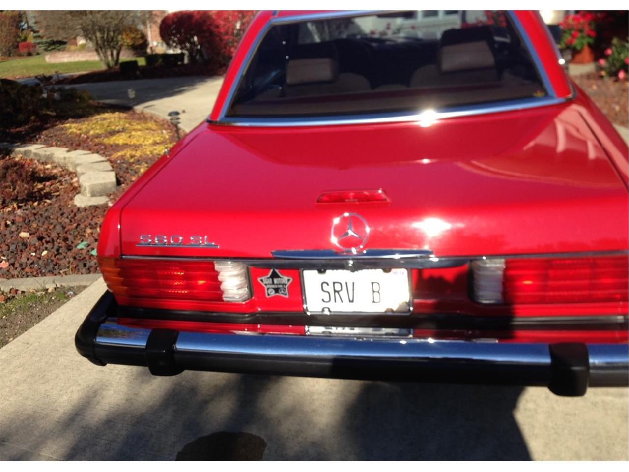 Large Picture of '88 Mercedes-Benz 560SL located in Orland park Illinois - $35,000.00 Offered by a Private Seller - FVWF