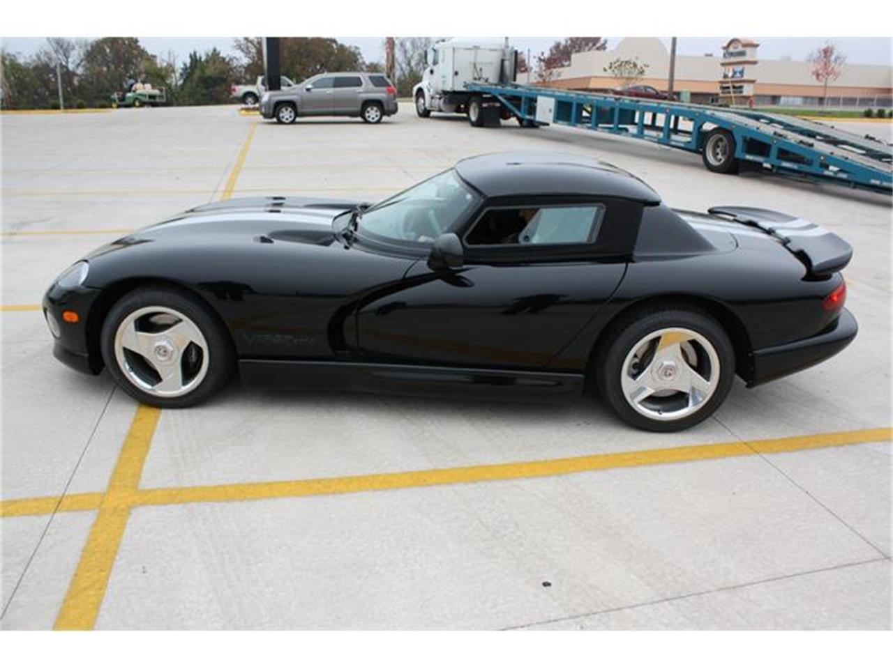 Large Picture of 1996 Dodge Viper - FWEF