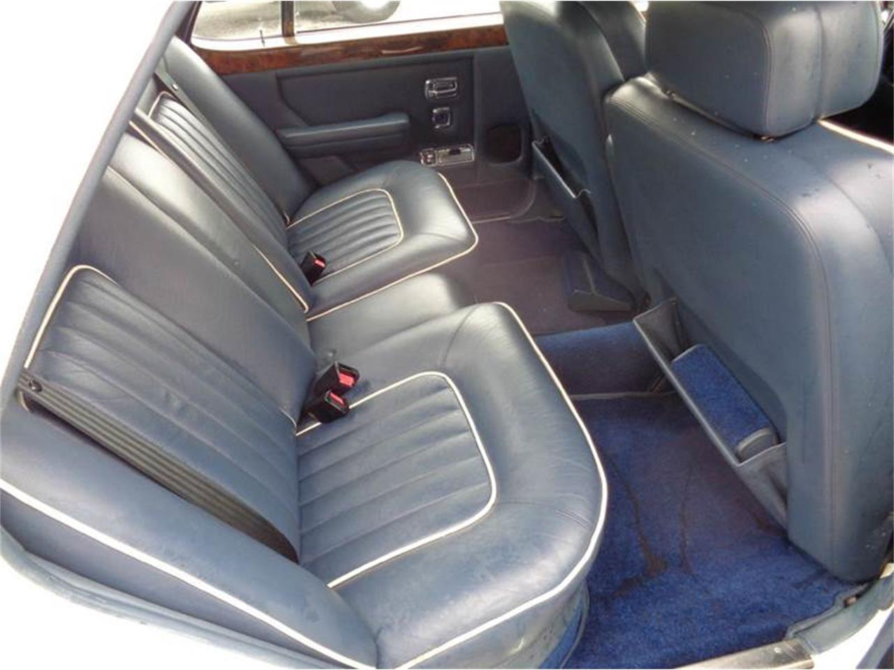 Large Picture of 1987 Rolls-Royce Silver Spirit located in Florida Offered by Prestigious Euro Cars - FWHT