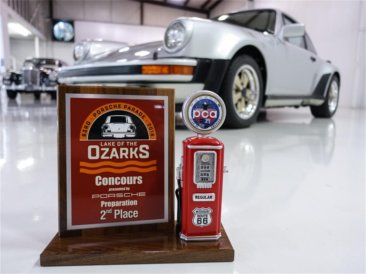 Large Picture of 1976 Porsche 930 Turbo - $229,900.00 Offered by Daniel Schmitt & Co. - FXKC