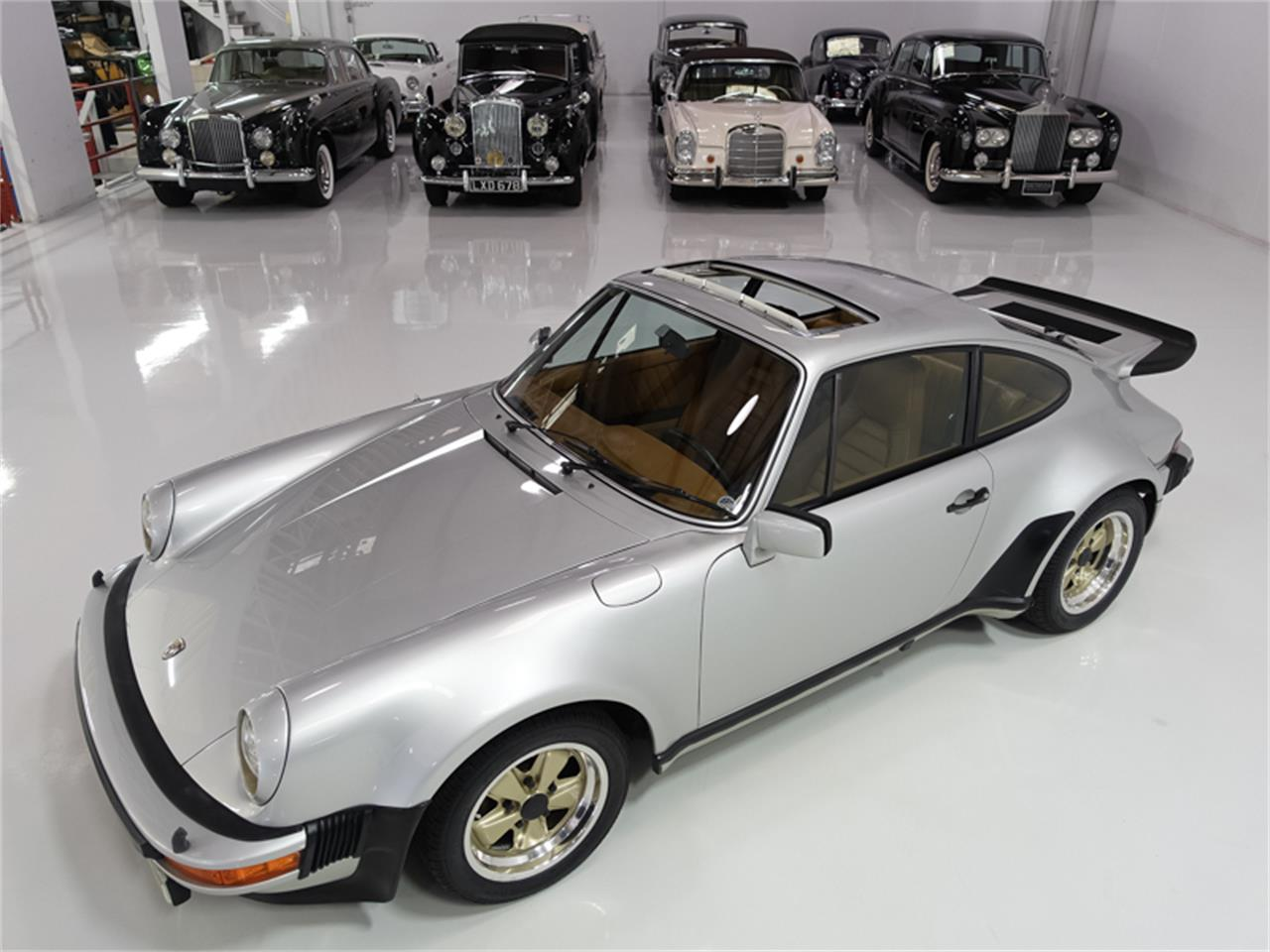 Large Picture of 1976 Porsche 930 Turbo - FXKC