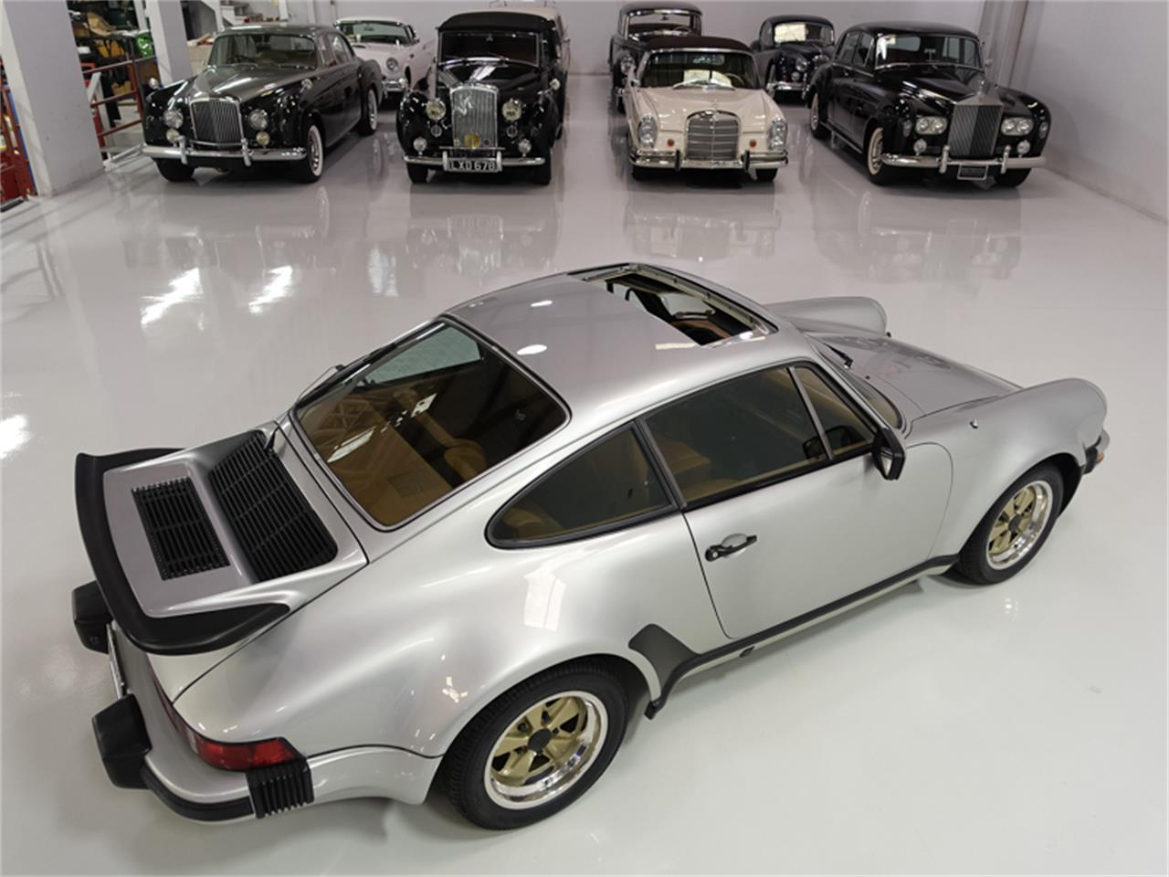 Large Picture of '76 Porsche 930 Turbo located in St Ann Missouri - FXKC