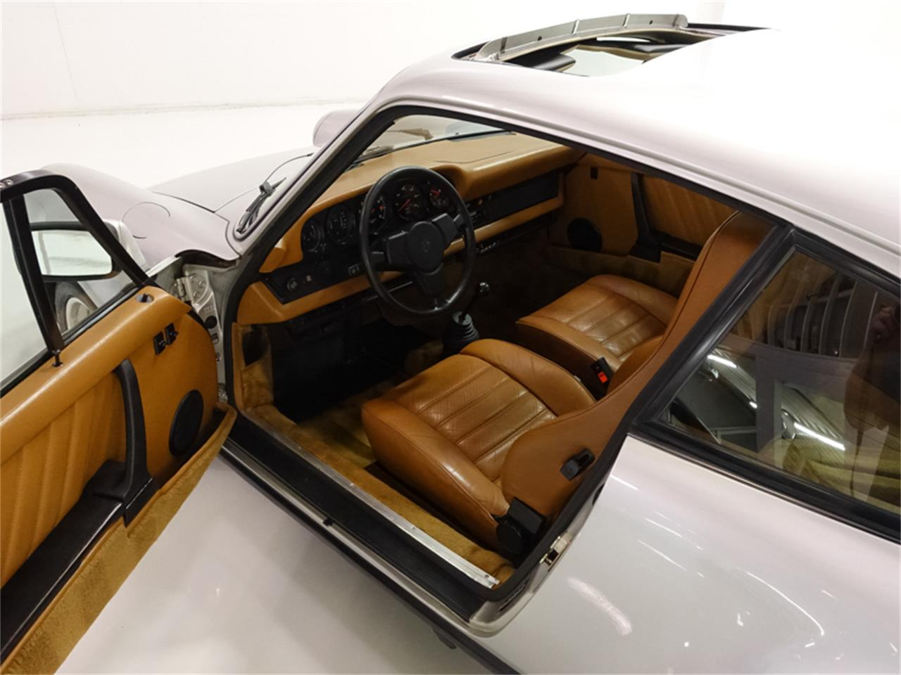 Large Picture of 1976 930 Turbo located in Missouri - $229,900.00 - FXKC