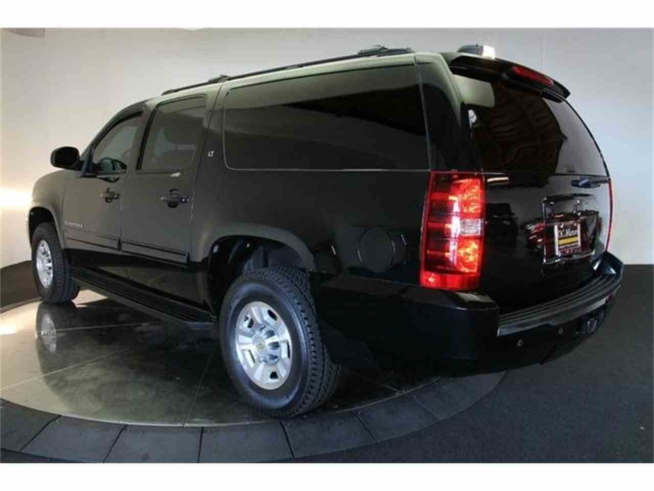 Large Picture of 2011 Chevrolet Suburban located in California - $69,900.00 Offered by DC Motors - FYNW