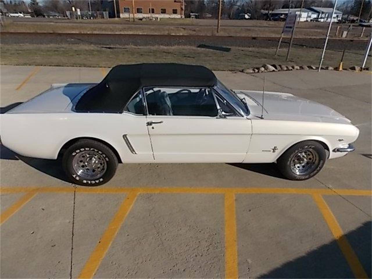 Large Picture of Classic 1966 Ford Mustang located in Annandale Minnesota - FZO0