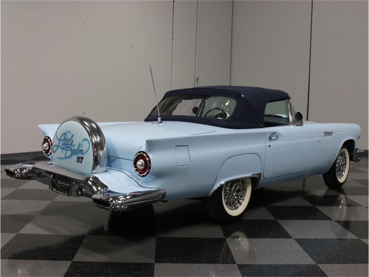 Large Picture of '57 Thunderbird - FZQM