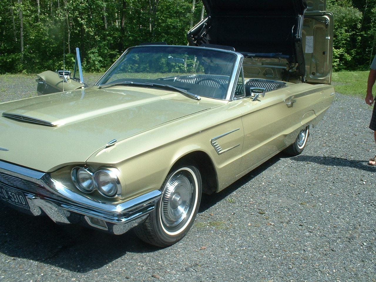 Large Picture of Classic '66 Thunderbird located in Quebec - $59,500.00 Offered by a Private Seller - FZQS