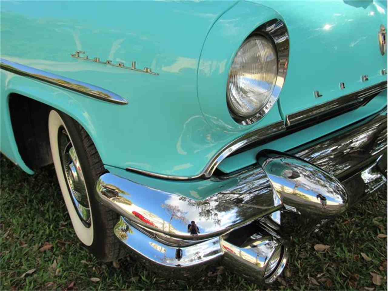 Large Picture of Classic 1955 Lincoln Capri located in Sarasota Florida - G0EI