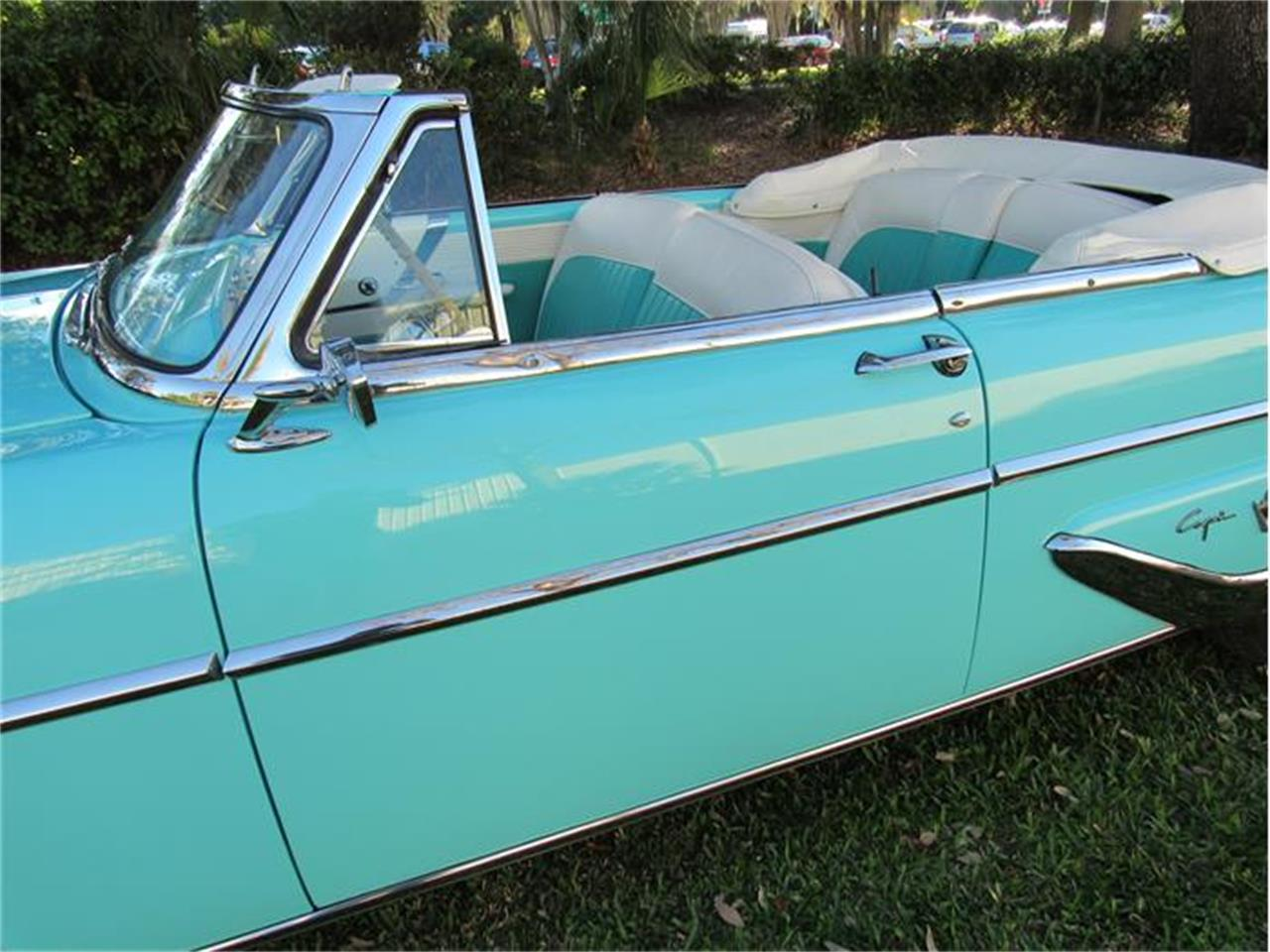 Large Picture of Classic 1955 Lincoln Capri located in Florida - G0EI