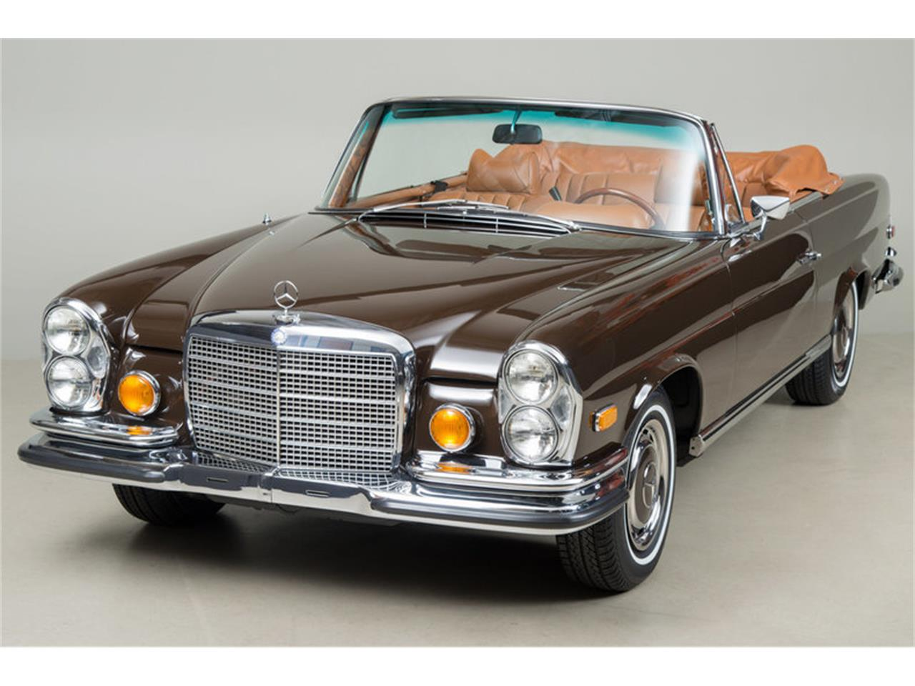 Large Picture of 1971 Mercedes-Benz 280 SE 3.5 Cabriolet located in Scotts Valley California Auction Vehicle - G0JQ