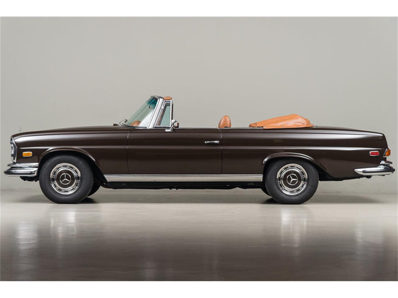Large Picture of Classic '71 280 SE 3.5 Cabriolet Auction Vehicle Offered by Canepa - G0JQ