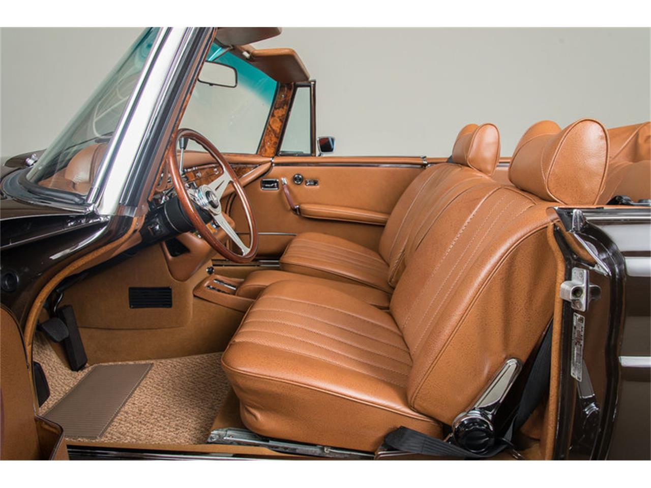 Large Picture of 1971 Mercedes-Benz 280 SE 3.5 Cabriolet located in Scotts Valley California Auction Vehicle Offered by Canepa - G0JQ