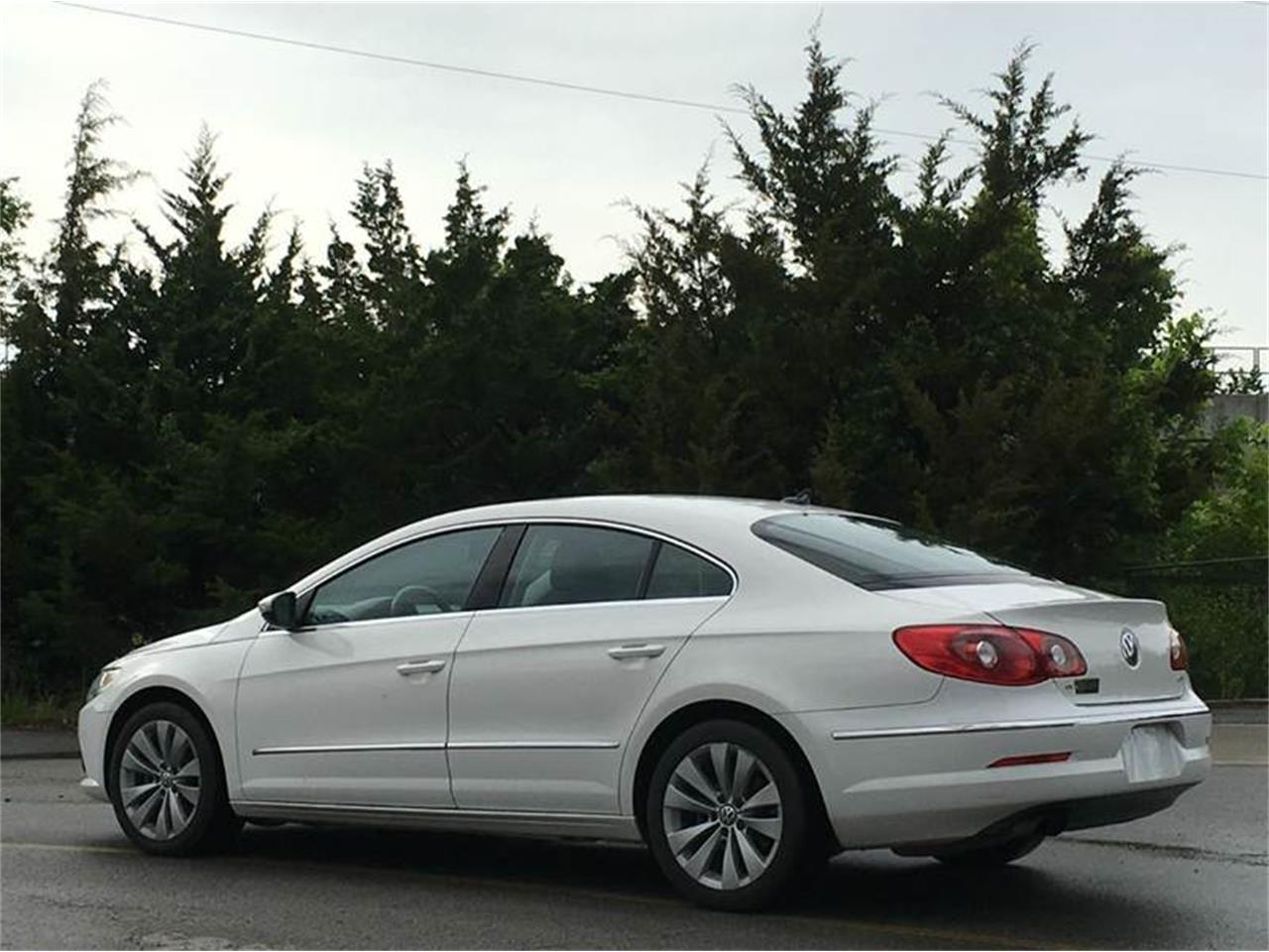 Large Picture of '10 Volkswagen CC located in Olathe Kansas Offered by All American Auto Mart Inc - G0M5