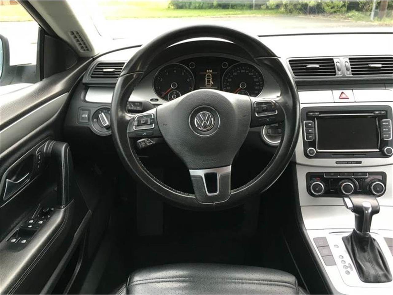 Large Picture of 2010 Volkswagen CC located in Olathe Kansas - $8,950.00 - G0M5