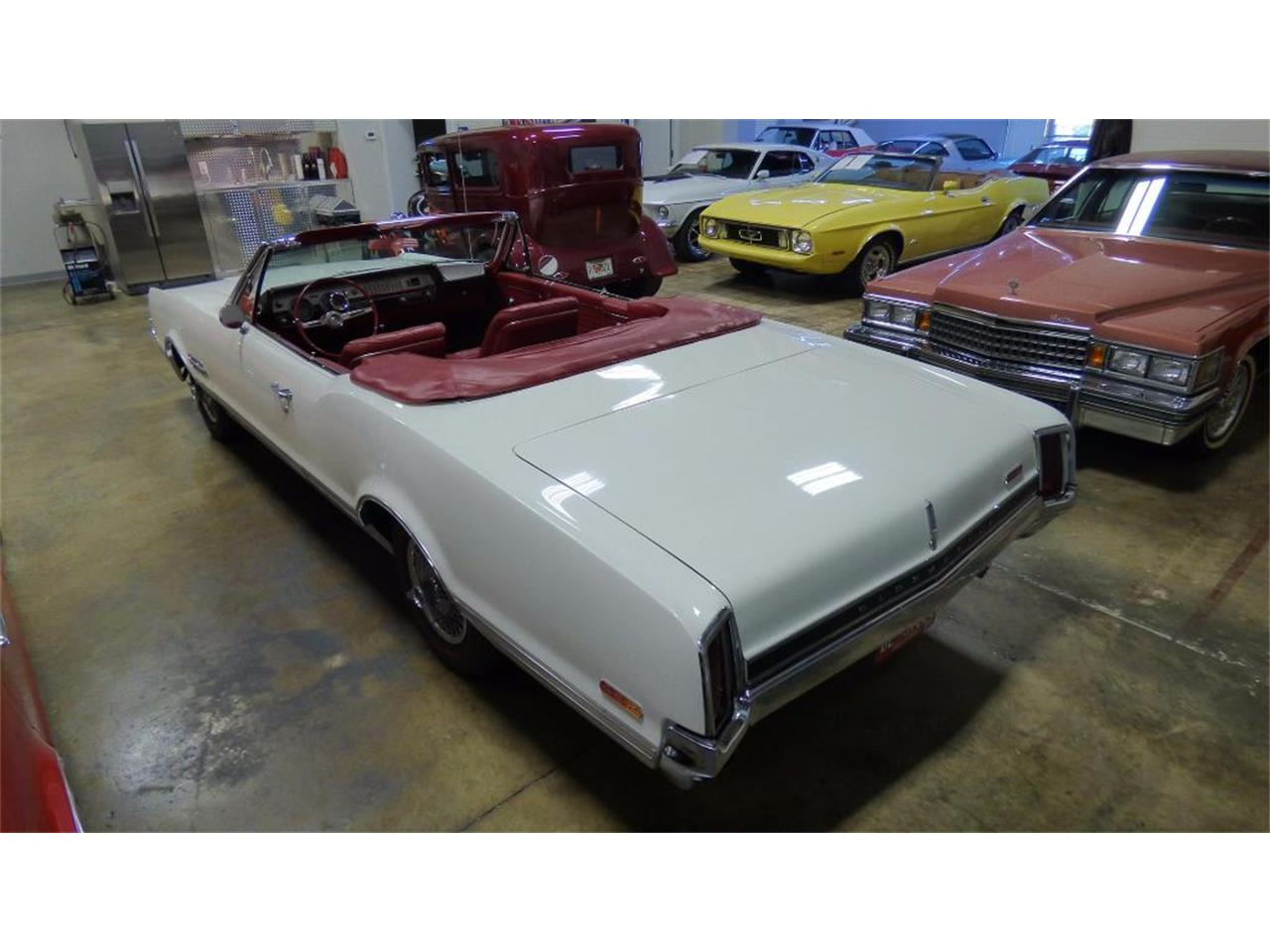 Large Picture of 1966 442 located in Atlanta Georgia Offered by Cruisers Specialty Autos - FVKD