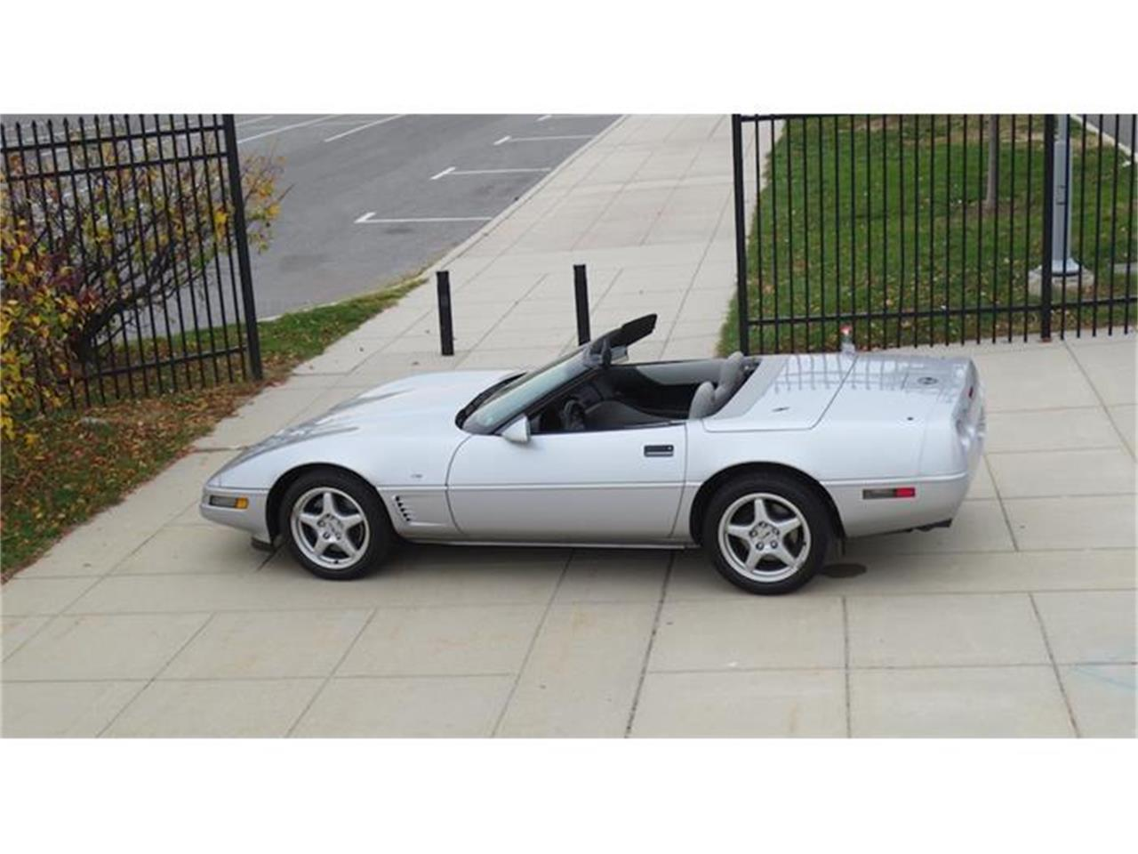Large Picture of '96 Corvette located in New Jersey Offered by Buyers and Sellers Connection LLC - G17I