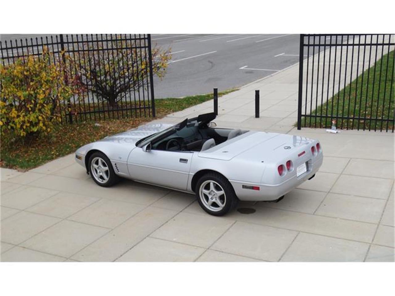 Large Picture of 1996 Chevrolet Corvette - $25,900.00 - G17I