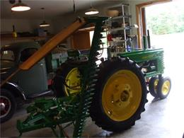 Picture of Classic '49 John Deere Tractor - G48H