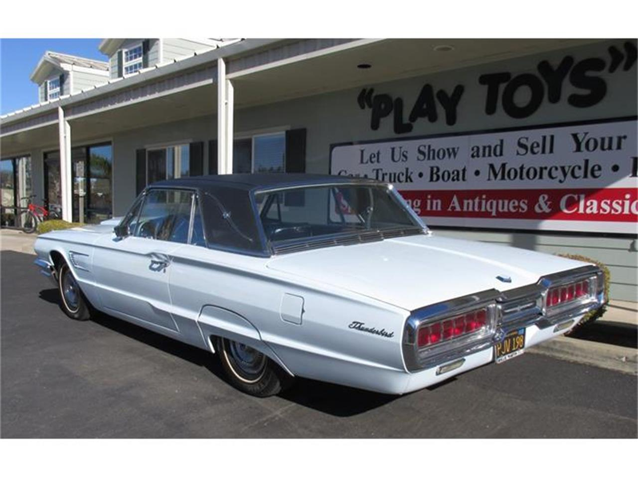 Large Picture of '65 Thunderbird - G57C