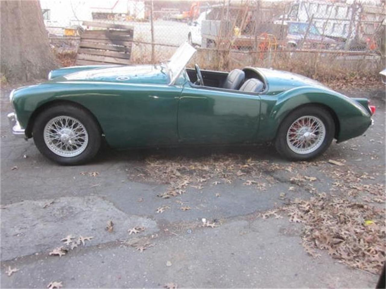 Large Picture of Classic 1960 MG 1600 located in Stratford Connecticut - $26,900.00 Offered by The New England Classic Car Co. - G57F