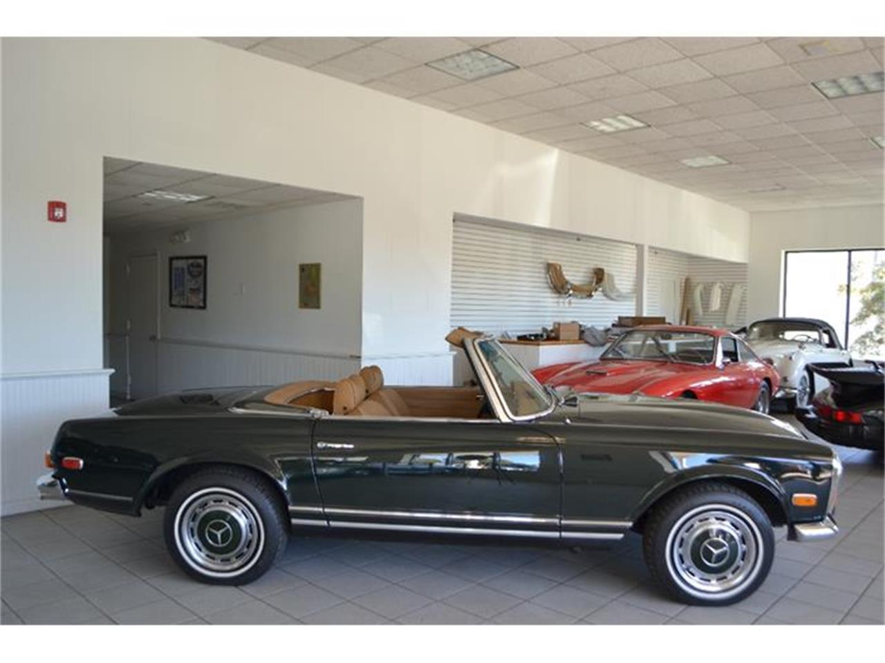 Large Picture of Classic '71 Mercedes-Benz 280SL located in Southampton New York - G5RQ