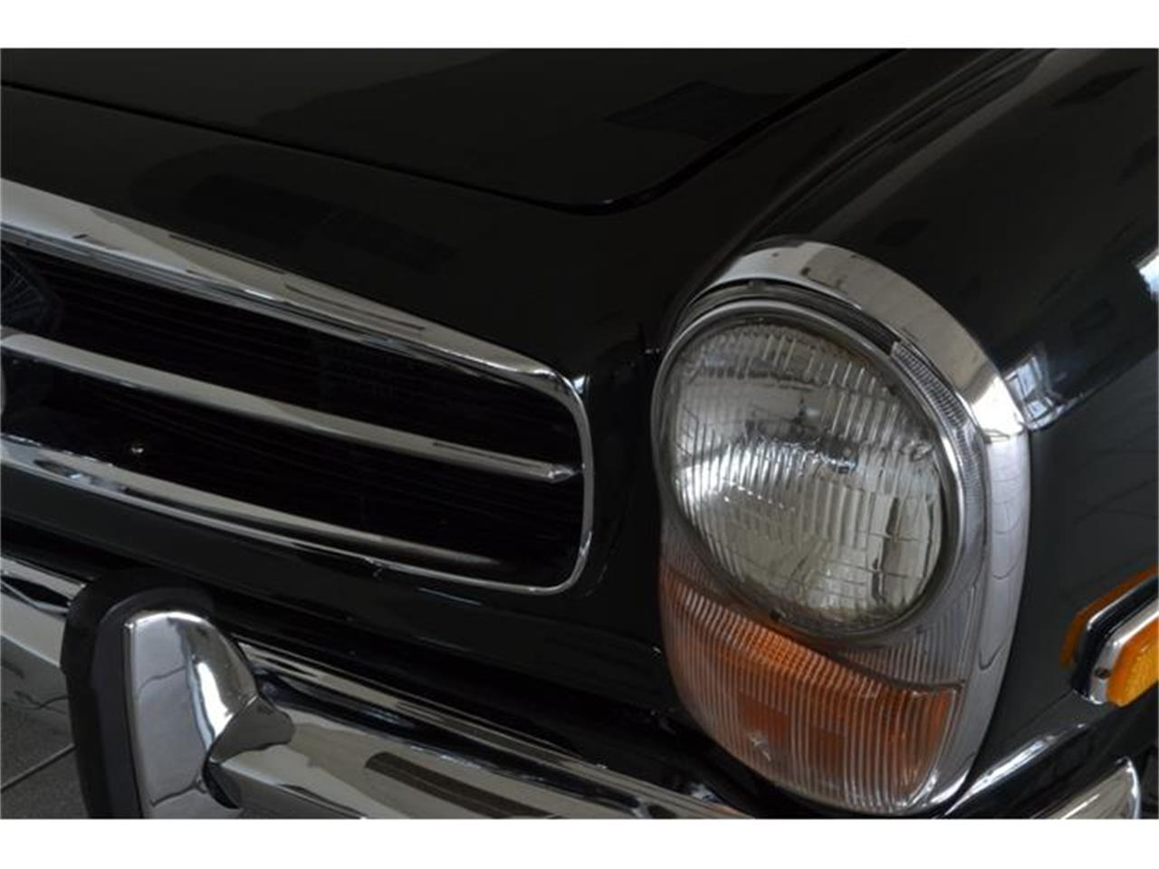 Large Picture of 1971 280SL located in New York - $148,500.00 - G5RQ