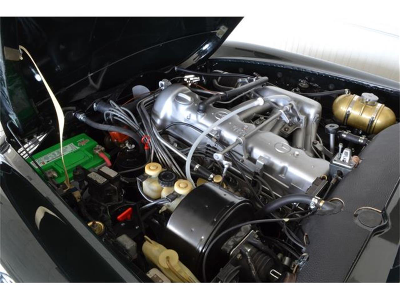 Large Picture of Classic 1971 280SL located in Southampton New York - $148,500.00 - G5RQ