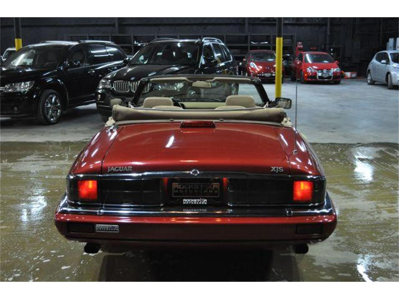 Large Picture of '94 Jaguar XJS located in Tennessee Offered by Rockstar Motorcars - G84N