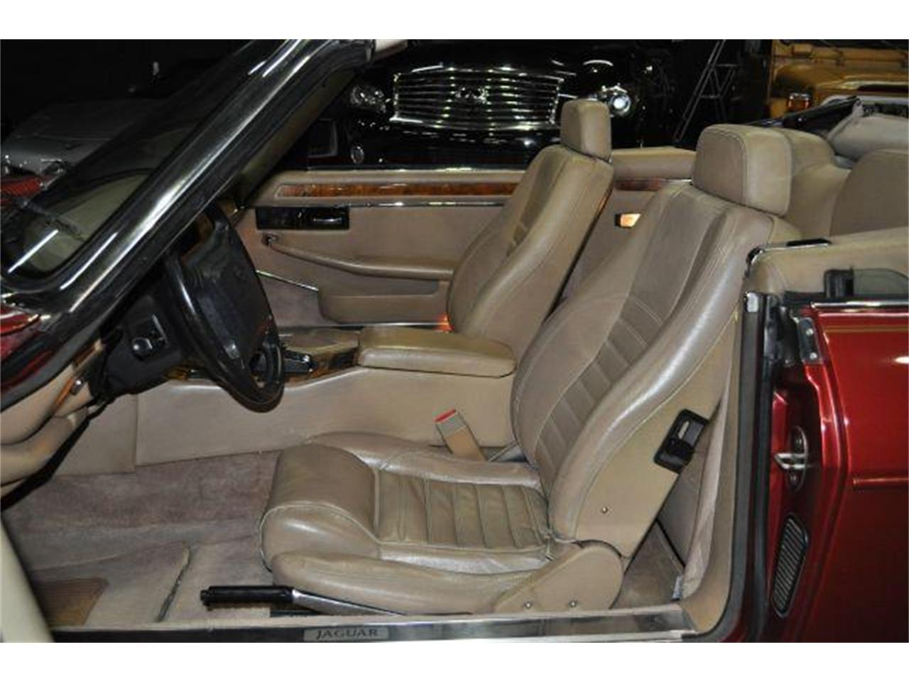 Large Picture of 1994 Jaguar XJS located in Tennessee - $7,995.00 - G84N
