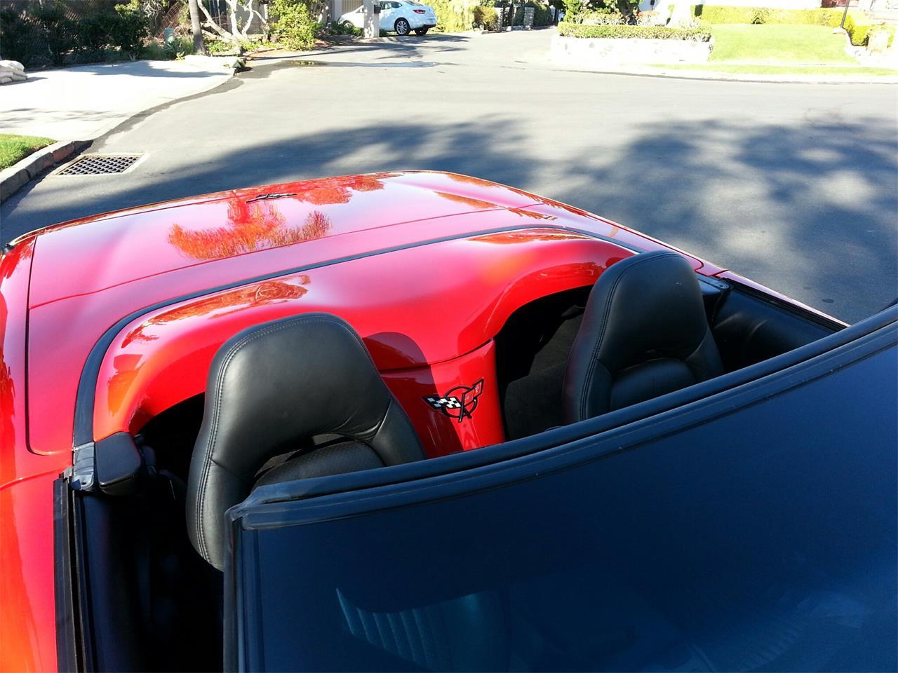 Large Picture of 1998 Chevrolet Corvette - G8R7