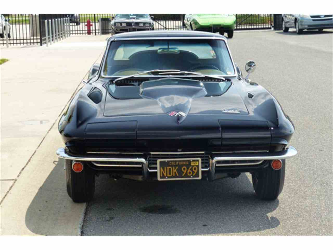 Large Picture of Classic '66 Chevrolet Corvette - G8VE