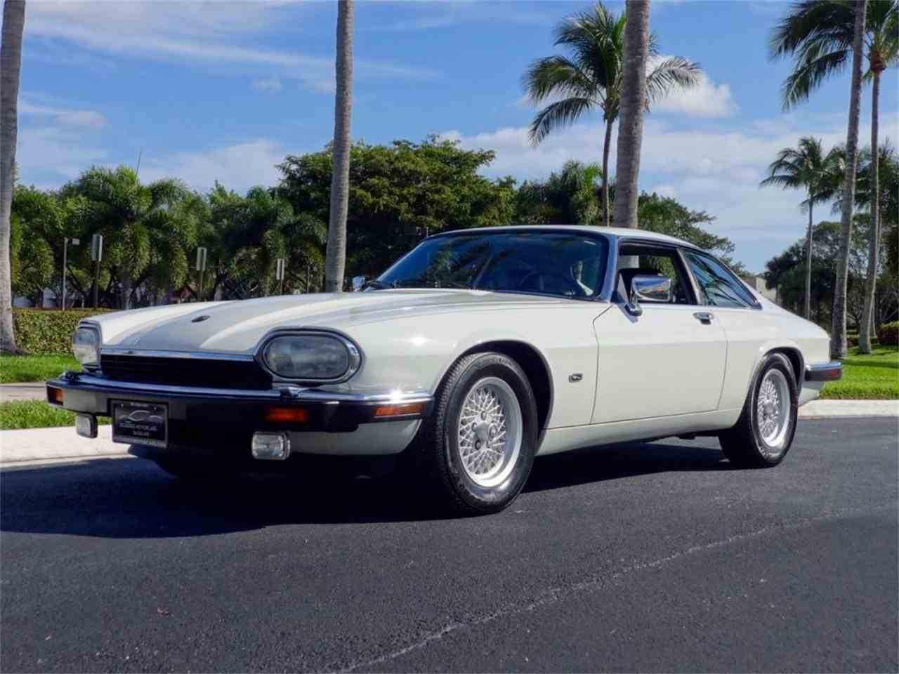 Large Picture of 1992 XJS Offered by Pedigree Motorcars - G8Z0