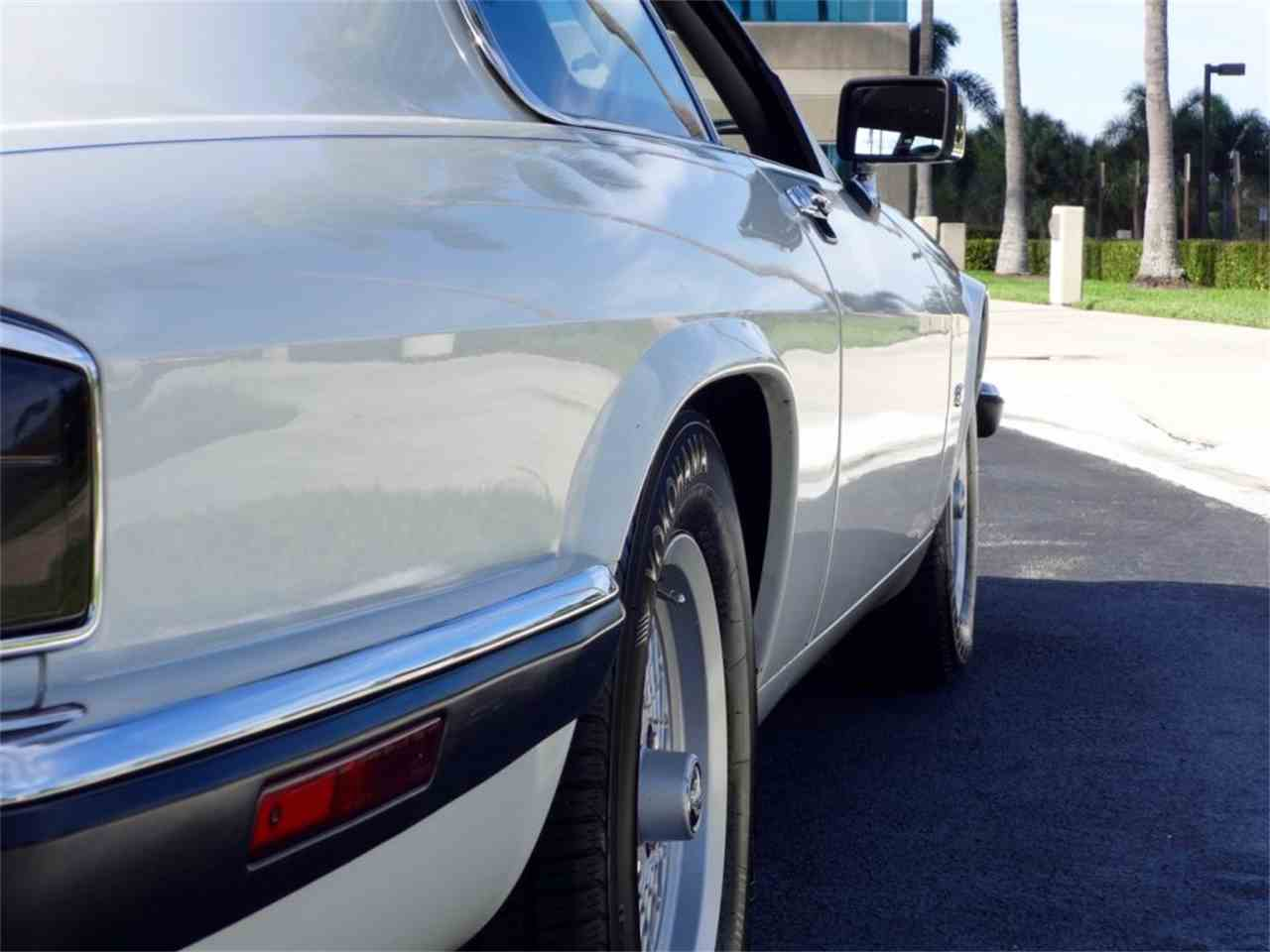 Large Picture of '92 Jaguar XJS Auction Vehicle Offered by Pedigree Motorcars - G8Z0